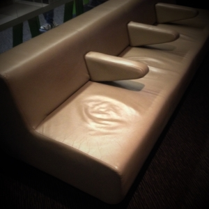 04_Sofa Foyer